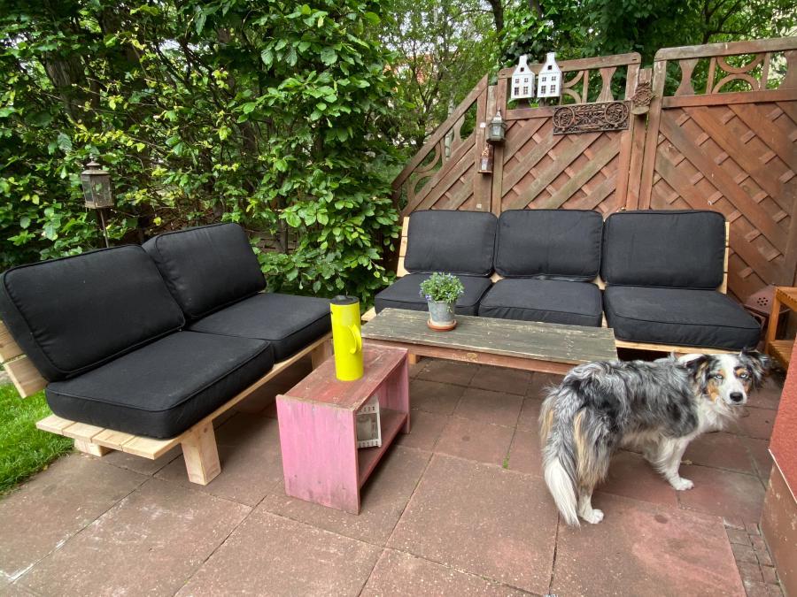 DIY Gartenbank mit IKEA Polstern