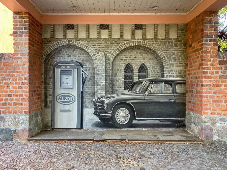 Wandgemälde - Minol Tankstelle in Templin