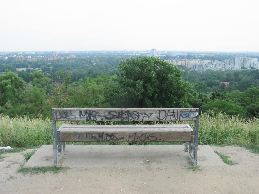 Jpeg Foto 2: Blick vom Hahneberg zur Louise-Schröder-Siedlung