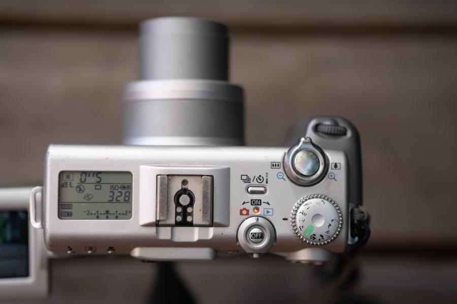 Canon Powershot G3, Oberseite
