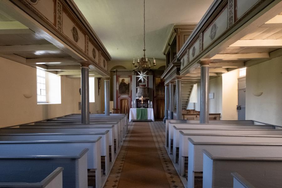 Blick ins Kirchenschiff, Dorfkirche Schwante