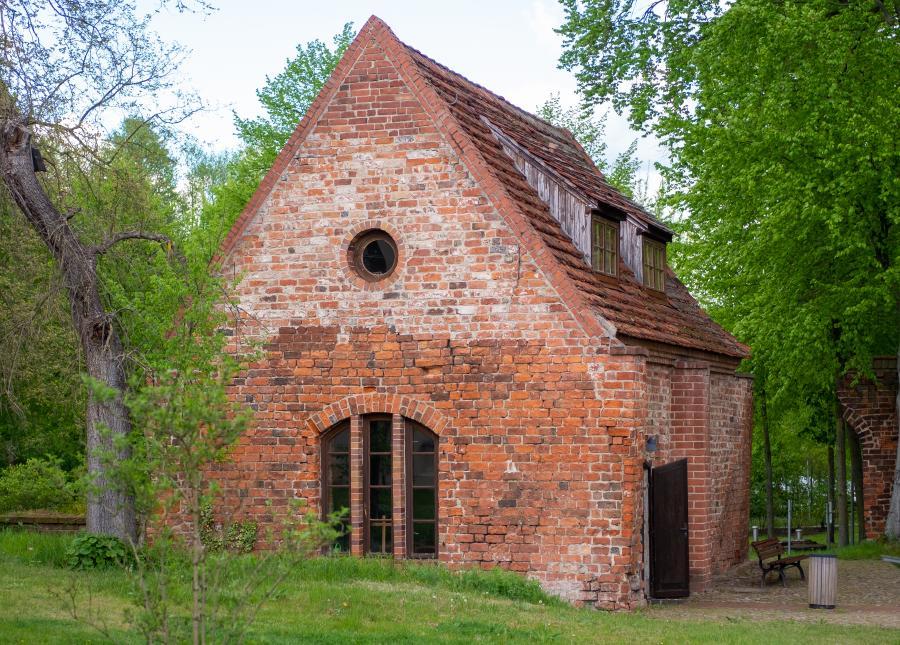 Torkapelle am Eingang vom Parkplatz im Kloster Lehnin