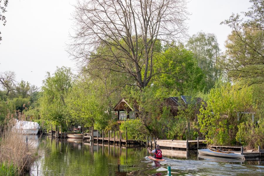 Idyllische Seegrundstücke am Hauptgraben, Tiefwerder Wiesen, Spandau