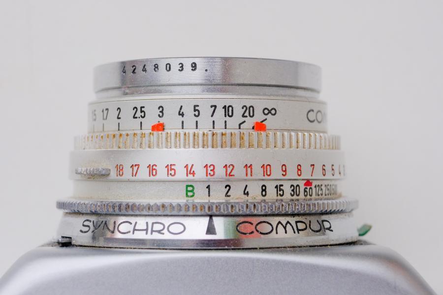 Voigtländer Vitessa T mit Color Skopar 50mm: Schärfebereich von etwa 3m - ∞